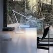 На фото: модель Kelvin T LED от фабрики Flos, дизайн Citterio Antonio, Nguyen Toan.
