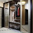 Шкаф с бронзовой патиной от фабрики Lumi.