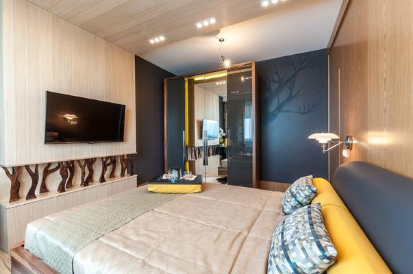 Декор потолка спальни