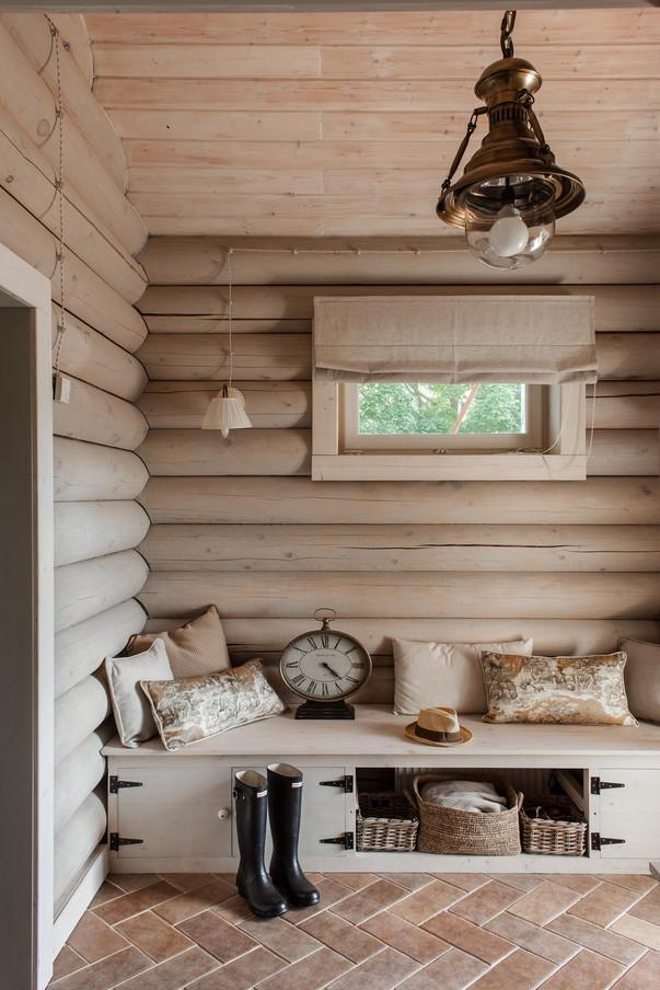 Прихожие в деревянном доме фото дизайн