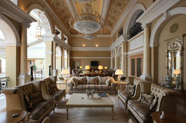 Дизайн большого зала в доме