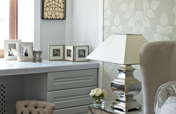 Комбинирование обоев в гостиной фото идеи и рекомендации