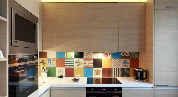 Плитка на кухне дизайн фартука фото
