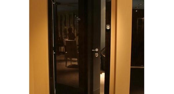 средняя цена на стальную дверь в квартиру