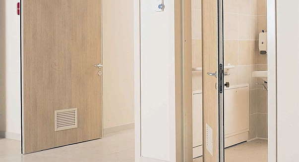 Картинки по запросу Особенности маятниковых дверей