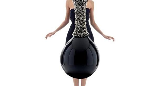 Статуэтки вазы для интерьера