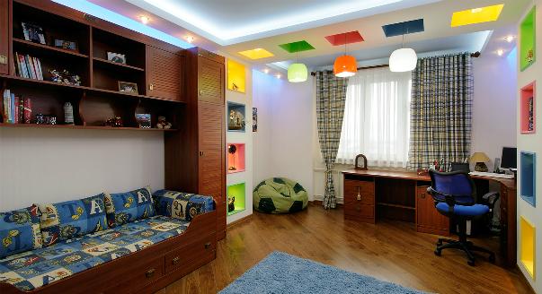 Покупать ли в детскую кровати в виде машин? Кровати-машинки – декор или здравый смысл