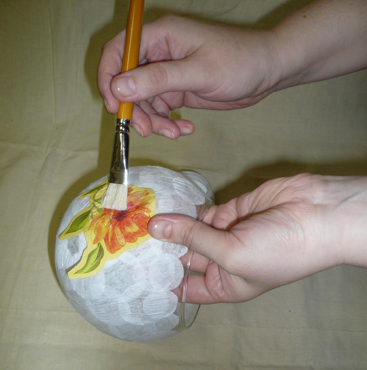 Декупаж для начинающих пошагово из салфеток на стене