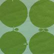 На фото: проект «Джаз в девичьей», обои O-Design / BorasTapeter, коллекция Wallpapers by Scandinavian designers, рисунок TALLYHO.