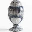 На фото: ваза Helen из коллекции Sisters от Bosa.