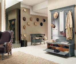 Встречаем по одежке: как выбрать мебель в малогабаритную прихожую