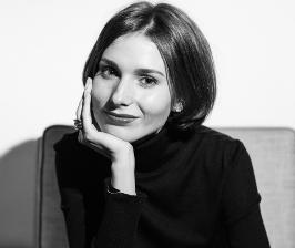 Алина Ковалёва. Сегодня в тренде Mid-Century.