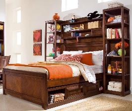 Как хранить вещи в маленькой спальне