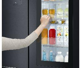 Премиальные холодильники LG INSTAVIEW™ DOOR-IN-DOOR® теперь в черном матовом цвете