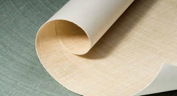 Какая основа обоев лучше: бумага или флизелин?
