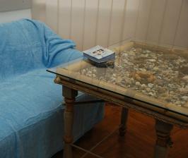 Столик с ракушками