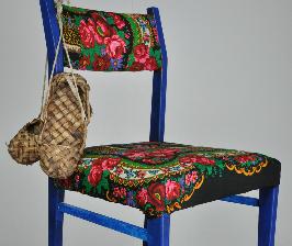 Как создать стул в русском стиле?