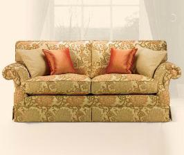 <strong>15</strong> диванов в цветочной обивке