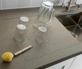 Кухонная столешница: ремонт и уход