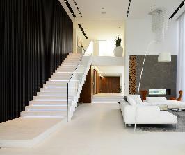 Монолитные железобетонные лестницы в частном интерьере