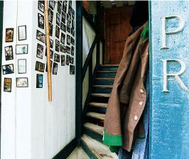 Почему скрипят лестницы: причины и «лечение»