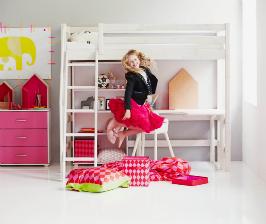 Как правильно обставить детскую комнату