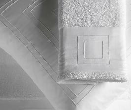 Бельгийская марка Slabbinck пускает архитектуру в постель
