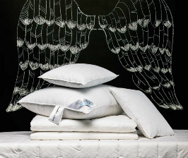 «Сны i Секреты» предлагает одеяла и подушки для спящих красавиц