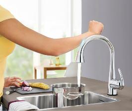 GROHE управляет водой одним касанием