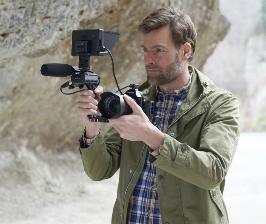 Sony выпускает одну из самых маленьких в мире камер