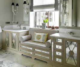 Роскошная светлая ванная: 6 приемов, не считая дивана