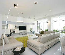 Интерьер гостиной в белом цвете —  квартира от Azovskiy & Pahomova architects (Днепропетровск)