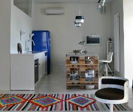 Девичья квартира в парижском стиле