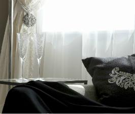 Квартира для одинокой девушки: вот такое черно-белое кино