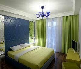 Разноцветная квартира для девушки: дизайн студии Concept ANC