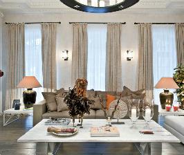 Гостиная в доме под Петербургом: дизайн-студия Galerie 46