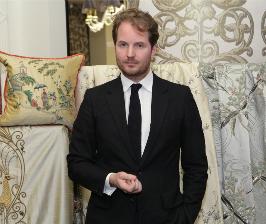 Англия и Франция встретились в галерее Charles.Cameron