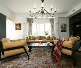Большой дом с роялем в гостиной: дизайнер Сергей Готвянский