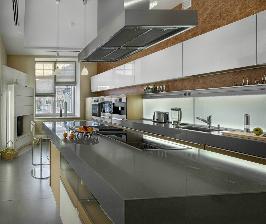Кухня, интегрированная в пространство дома: дизайнер Михаил и Игорь Безиргановы