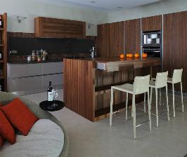 Кухня в благородных оттенках: дизайнер Ксения Бобрикова