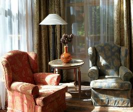 Спальня на мансардном этаже: дизайнер Екатерина Блохина