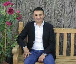 Рустам Садреев о трендах и практичности в дизайне уличной мебели