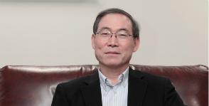Дахюн Сонг об идеях подарков на 8 Марта