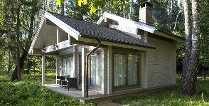 На шести сотках: как бюджетно оформить маленький дачный домик