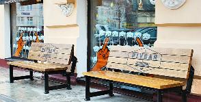 Уличные скамьи для крафтового бара PIVBAR от команды INDUSTRIART