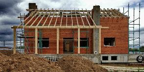 Шаг 12. Устройство конструкции крыши
