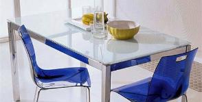 Прямоугольная гостиная-столовая