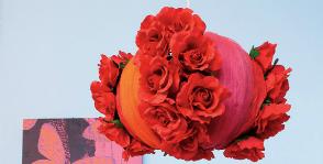 Абажур из искусственных цветов