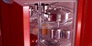 Кухонные механизмы: выкатные и выдвижные