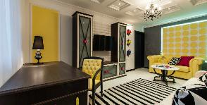 Интерьер в деталях: цветная гостиная
